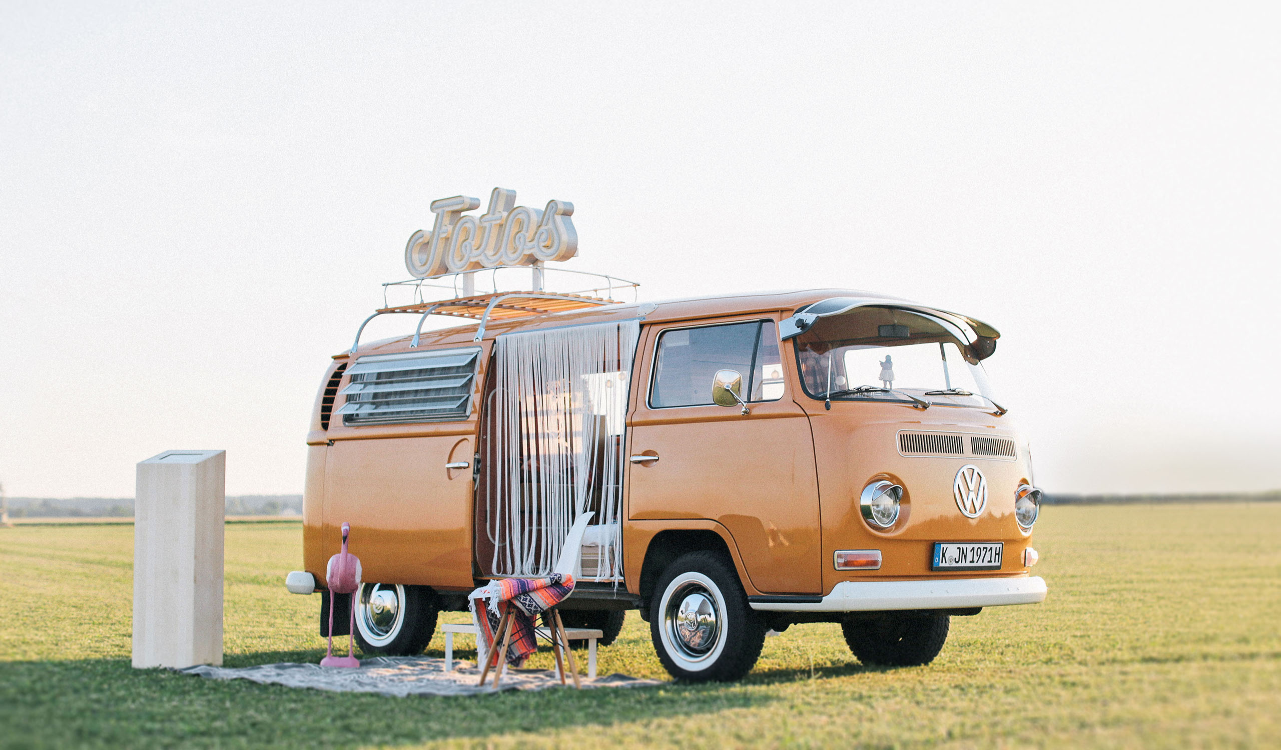 der fotobulli photobooth im vintage vw bulli fotobus k ln. Black Bedroom Furniture Sets. Home Design Ideas